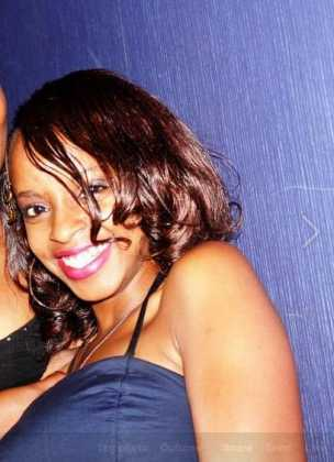 Here's the LADY who had S3X with DJ CREME