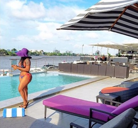 SHOCKING LEAKED VIDEO of thirsty Nigerian men harassing VERA SIDIKA At A Splash Off Pool Party In Malaysia